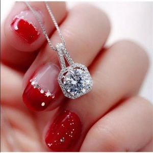 Jewelry - New Crystal Charm Pendant Necklace